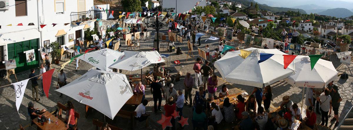 Aspecto de la Plaza de San Antón de Benaocaz