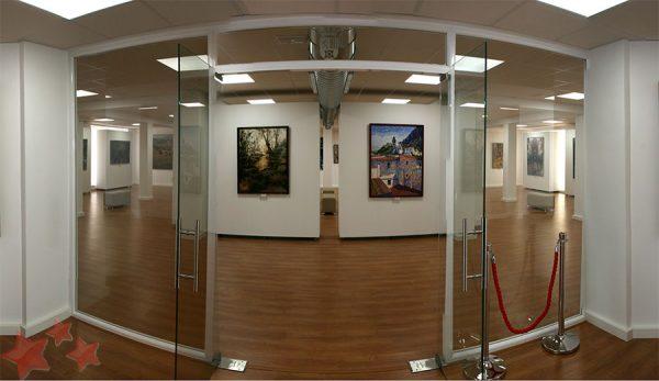 Entrada nueva Sala de Exposiciones del Antiguo Mercado de Abastos