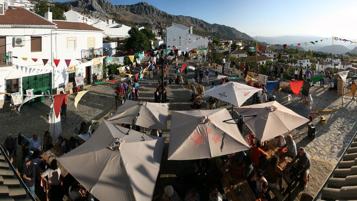 Aspecto de la Plaza de San Antón previa a la entrega de premios