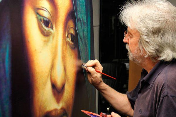 Antoni Miró pintando